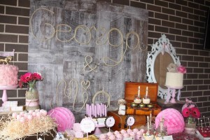 Vintage Cowgirl Party with SUCH CUTE IDEAS via Kara's Party Ideas | KarasPartyIdeas.com #WesternParty #CowgirlParty #Party #Ideas #Supplies (3)