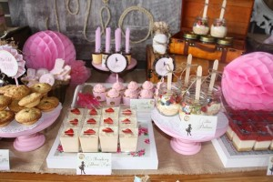 Vintage Cowgirl Party with SUCH CUTE IDEAS via Kara's Party Ideas | KarasPartyIdeas.com #WesternParty #CowgirlParty #Party #Ideas #Supplies (16)