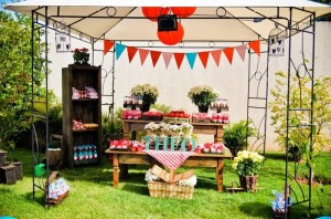 Garden Picnic Party with Lots of Really Cute Ideas via Kara's Party Ideas | KarasPartyIdeas.com #PicnicParty #PartyIdeas #Supplies (13)