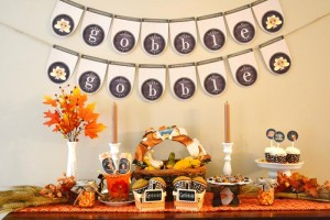 Gobble Gobble Thanksgiving Party with Such Cute Ideas via Kara's Party Ideas | KarasPartyIdeas.com #ThanksgivingParty #PartyIdeas #Supplies (10)