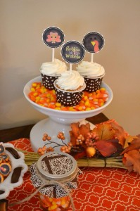 Gobble Gobble Thanksgiving Party with Such Cute Ideas via Kara's Party Ideas | KarasPartyIdeas.com #ThanksgivingParty #PartyIdeas #Supplies (8)