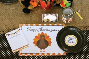 Thanksgiving Kids Table with FREE PRINTABLES via Kara's Party Ideas | KarasPartyIdeas.com #ThanksgivingPrintables #ThanksgivingTable #Party #Ideas #Supplies (3)