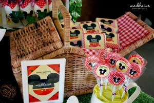 Mickey's Magic Land Mickey Mouse Party Full of Cute Ideas via Kara's Party Ideas | KarasPartyIdeas.com #MickeyMouse #PartyIdeas #Supplies (4)