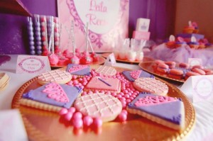 Princess Party with Such Cute Ideas via Kara's Party Ideas | KarasPartyIdeas.com #PrincessParty #Party #Ideas #Supplies (15)