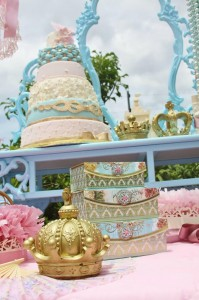 Vintage Princess Party with Lots of Really Cute Ideas via Kara's Party Ideas | KarasPartyIdeas.com #PrincessParty #Party #Ideas #Supplies (32)