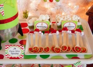 Santa's Little Helpers Christmas Party with Such Cute Ideas via Kara's Party Ideas | KarasPartyIdeas.com #ChristmasParty #HolidayParty #PartyIdeas #Supplies (10)