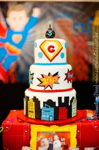 Superhero Party with So Many Great Ideas via Kara's Party Ideas | KarasPartyIdeas.com #SuperheroParty #Part #Ideas #Supplies (17)