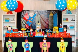 Superhero Party with So Many Great Ideas via Kara's Party Ideas | KarasPartyIdeas.com #SuperheroParty #Part #Ideas #Supplies (6)