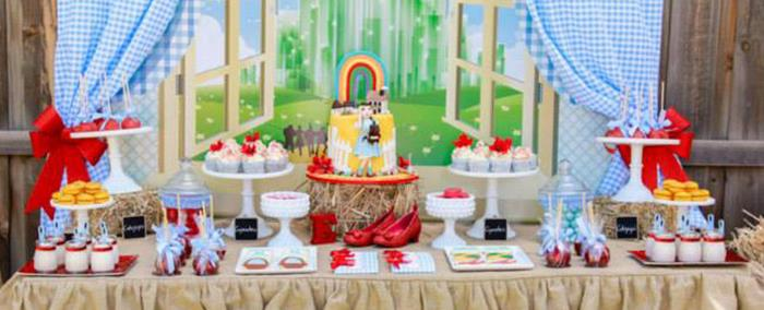 Karas Party Ideas Somewhere Over The Rainbow Wizard Of Oz Party
