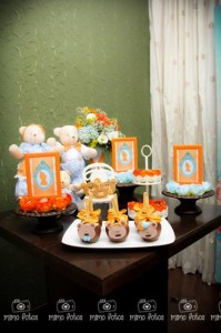 Goldilocks and the Three Bears Themed Party with So Many Cute Ideas via Kara's Party Ideas | KarasPartyIdeas.com #GoldilocksParty #TheThreeBears #Party #Ideas #Supplies (9)