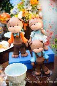 Goldilocks and the Three Bears Themed Party with So Many Cute Ideas via Kara's Party Ideas | KarasPartyIdeas.com #GoldilocksParty #TheThreeBears #Party #Ideas #Supplies (4)