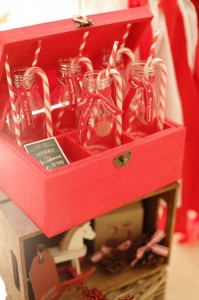 Red and White Christmas Party with Lots of Really Cute Ideas via Kara's Party Ideas | KarasPartyIdeas.com #ChristmasParty #HolidayParty #Party #Ideas #Supplies (7)