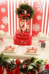 Red and White Christmas Party with Lots of Really Cute Ideas via Kara's Party Ideas | KarasPartyIdeas.com #ChristmasParty #HolidayParty #Party #Ideas #Supplies (11)
