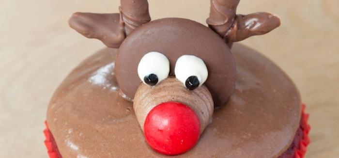 Kara S Party Ideas Diy Christmas Holiday Reindeer Cupcakes