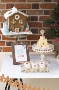 Christmas Eve Party Full of Cute Ideas via Kara's Party Ideas KarasPartyIdeas.com #ChristmasParty #ChristmasCupcakes #HolidayParty #PartyIdeas #Supplies (9)