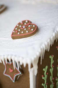 Christmas Eve Party Full of Cute Ideas via Kara's Party Ideas KarasPartyIdeas.com #ChristmasParty #ChristmasCupcakes #HolidayParty #PartyIdeas #Supplies (2)