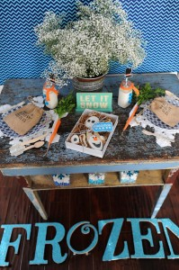 Disney's Frozen Party with So Many Cute Ideas via Kara's Party Ideas KarasPartyIdeas.com #FrozenParty #SnowmanParty #WinterWonderland #PartyIdeas #Supplies (23)