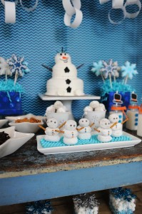 Disney's Frozen Party with So Many Cute Ideas via Kara's Party Ideas KarasPartyIdeas.com #FrozenParty #SnowmanParty #WinterWonderland #PartyIdeas #Supplies (9)