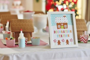 Gingerbread House Decorating Party Full of Cute Ideas via Kara's Party Ideas | KarasPartyIdeas.com #GingerbreadCookies #ChristmasParty #PartyIdeas #Supplies (48)
