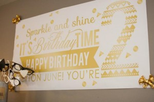 Sparkle and Shine Golden Birthday Party with Really Cute Ideas via Kara's Party Ideas KarasPartyIdeas.com #GoldenBirthday #GoldParty #GoldenWeddingAnniversary #Party #Ideas #Supplies (13)