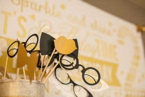 Sparkle and Shine Golden Birthday Party with Really Cute Ideas via Kara's Party Ideas KarasPartyIdeas.com #GoldenBirthday #GoldParty #GoldenWeddingAnniversary #Party #Ideas #Supplies (11)
