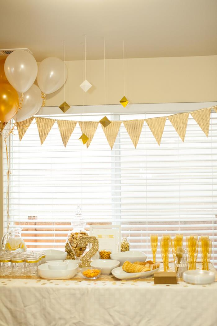 Kara S Party Ideas Sparkle And Shine Golden Birthday Party
