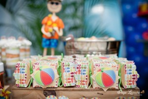 Hawaiian Surfing Party with Lots of Awesome Ideas via Kara's Party Ideas KarasPartyIdeas.com #SurfingParty #HawaiianParty #PartyIdeas #Supplies (3)