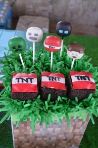 Minecraft Party with Full of Awesome Ideas via Kara' s Party Ideas KarasPartyIdeas.com #TweenParty #GamingParty #PartyIdeas #Supplies (5)