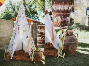 Pow Wow Party with Such Cute Ideas via Kara's Party Ideas | KarasPartyIdeas.com #IndianParty #NativeAmericanParty #PowWowCake #PartyIdeas #Supplies (15)
