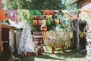 Pow Wow Party with Such Cute Ideas via Kara's Party Ideas | KarasPartyIdeas.com #IndianParty #NativeAmericanParty #PowWowCake #PartyIdeas #Supplies (9)
