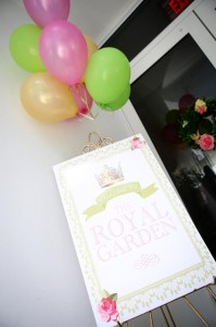 Royal Garden Party with So Many Cute Ideas via Kara's Party Ideas KarasPartyIdeas.com #PrincessParty #CinderellaParty #GirlParty #PartyIdeas #Supplies (9)