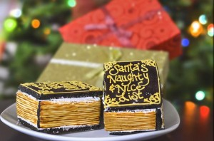 Santa's Workshop Themed Birthday Party with Lots of Really Cute Ideas via Kara's Party Ideas   KarasPartyIdeas.com #ChrismtasParty #SantaParty #HolidayParty #PartyIdeas #Supplies (18)