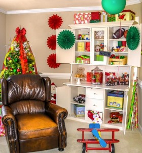 Santa's Workshop Themed Birthday Party with Lots of Really Cute Ideas via Kara's Party Ideas | KarasPartyIdeas.com #ChrismtasParty #SantaParty #HolidayParty #PartyIdeas #Supplies (15)
