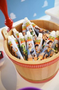 Toy Story Party Full of Really Cute Ideas via Kara's Party Ideas KarasPartyIdeas.com #ToyStory #BuzzLightyear #PartyIdeas #Supplies (13)