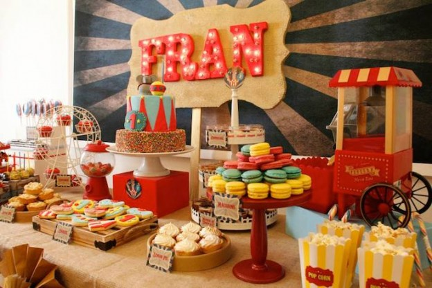 Vintage Circus Party via Kara's Party Ideas KarasPartyIdeas.com #CircusParty #VintageCircus #PartyIdeas #PartySupplies (12)
