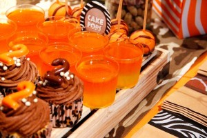 Jungle Safari themed birthday party full of ideas! Via KarasPartyIdeas.com #jungleparty #safariparty (8)
