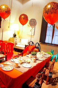 Jungle Safari themed birthday party full of ideas! Via KarasPartyIdeas.com #jungleparty #safariparty (11)