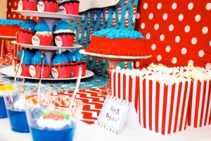 Thing 1 and Thing 2 twin themed birthday party via Kara's Party Ideas KarasPartyIdeas.com Dr Seuss Party Ideas #DrSeuss #PartyIdeas #Supplies (9)