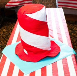 Thing 1 and Thing 2 twin themed birthday party via Kara's Party Ideas KarasPartyIdeas.com Dr Seuss Party Ideas #DrSeuss #PartyIdeas #Supplies (5)