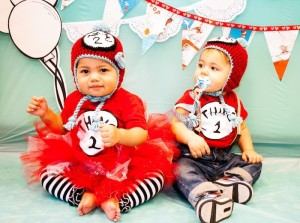 Thing 1 and Thing 2 twin themed birthday party via Kara's Party Ideas KarasPartyIdeas.com Dr Seuss Party Ideas #DrSeuss #PartyIdeas #Supplies (8)