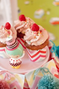 Crafting Themed Birthday Party with Lots of Really Cute Ideas via Kara's Party Ideas Kara Allen KarasPartyIdeas.com #CraftParty #Crafts #PartyIdeas #Supplies (11)