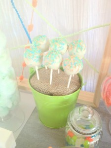 Modern Colorful 1st Birthday Party with such Cute Ideas via Kara's Party Ideas | KarasPartyIdeas.com #ColorfulParty #GenderNeutralParty #PartyIdeas #Supplies (16)