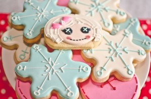 Winter Lalaloopsy Themed Birthday Party with TONS of Ideas via www.KarasPartyIdeas.com #Lalaloopsy #GirlParty #WinterParty #PartyIdeas (8)