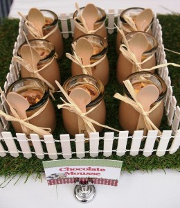 Modern Farmyard Birthday Party with Lots of Really Cute Ideas via Kara's Party Ideas Kara Allen KarasPartyIdeas.com #FarmParty #PartyIdeas #Supplies (11)