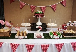 Modern Farmyard Birthday Party with Lots of Really Cute Ideas via Kara's Party Ideas Kara Allen KarasPartyIdeas.com #FarmParty #PartyIdeas #Supplies (6)