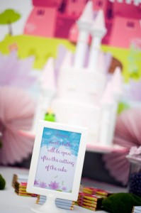 Pastel Princess and the Frog Party with Lots of Cute Ideas via Kara's Party Ideas | KarasPartyIdeas.com #ThePrincessAndThe Frog #Disney #PrincessParty #PartyIdeas #Supplies (13)