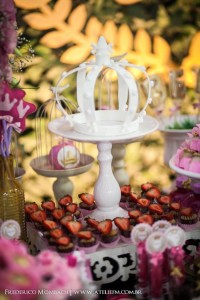 Princess Garden Party with Lots of Cute Ideas via Kara's Party Ideas | KarasPartyIdeas.com #GardenParty #FirstBirthdayParty #PartyIdeas #Supplies (6)