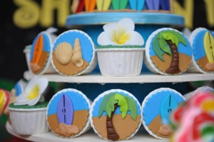 Hawaiian Themed 13th Birthday Pool Party with Lots of Really Cute Ideas via Kara's Party Ideas | KarasPartyIdeas.com #Luau #PoolParty #SummerParty #PartyIdeas #Supplies (12)
