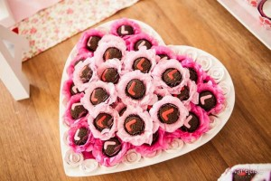 A Heart Party with Lots of Really Cute Ideas via Kara's Party Ideas KarasPartyIdeas.com #ValentinesDay #LoveParty #PartyIdeas #Supplies (11)