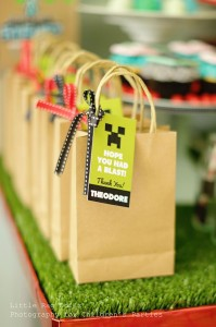 Minecraft Party with So Many Awesome Ideas via Kara's Party Ideas Kara Allen KarasPartyIdeas.com #MinecraftParty #BoyParty #PartyIdeas #Supplies (12)